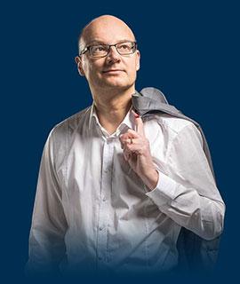 Dr. Manfred Pimat